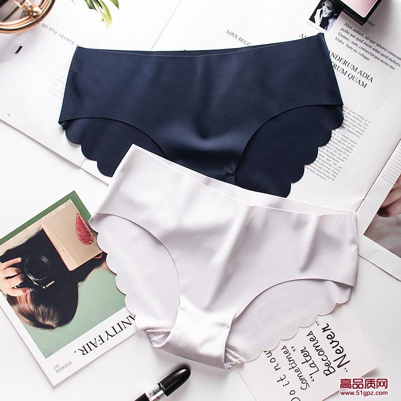 白灰黑粉肤酒红色新款性感冰丝内裤女舒适波浪边无痕透气一片式低腰纯棉档三角裤