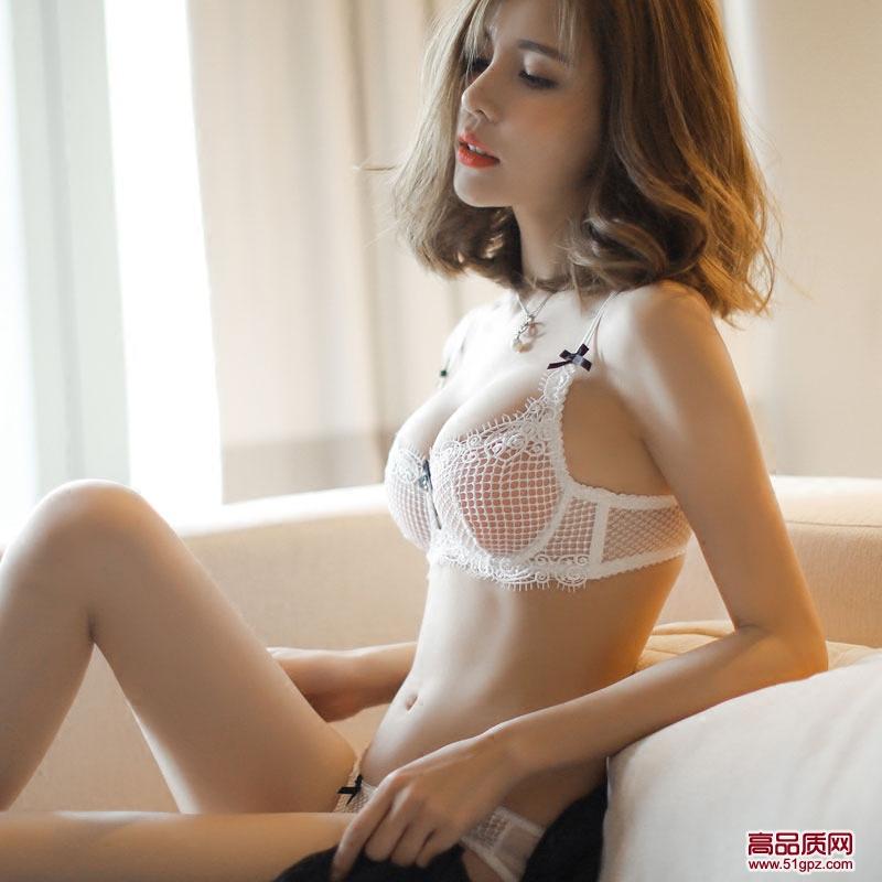 白黑色新款性感诱惑蕾丝边小胸聚拢内衣文胸套装大胸大码薄款胸罩