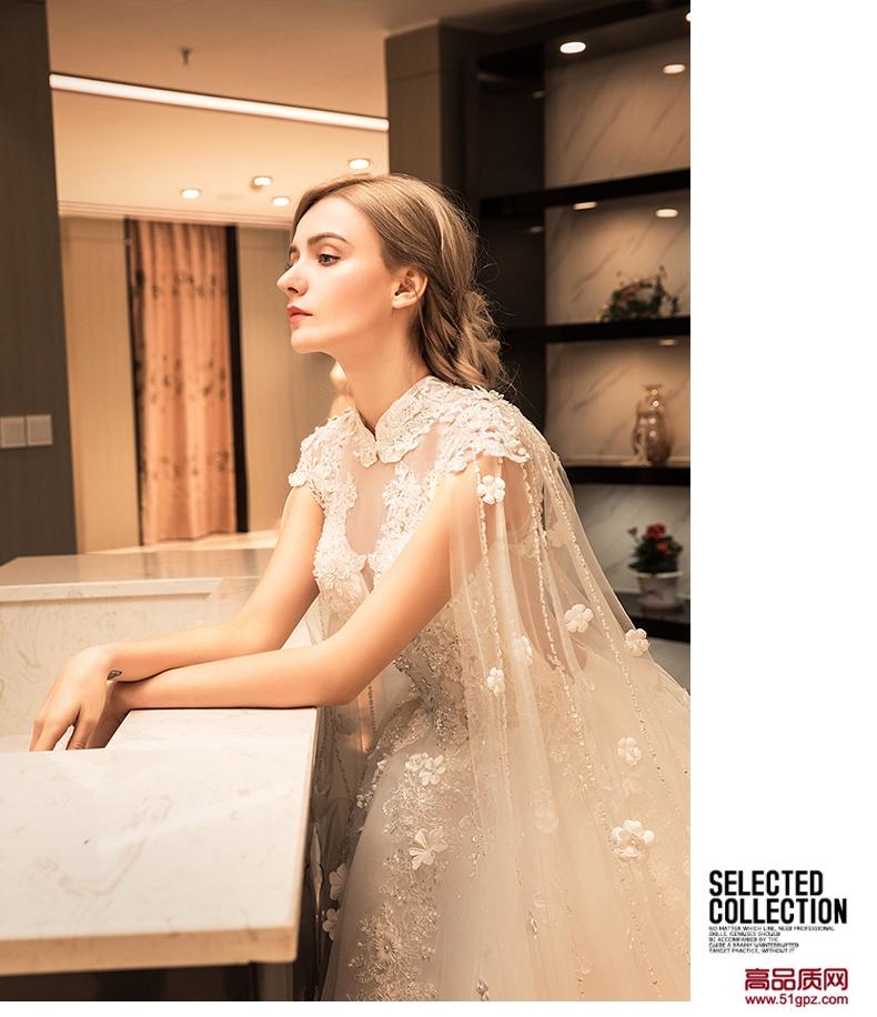 象牙白婚纱礼服2018新款新娘结婚彩纱奢华长拖尾复古韩式长袖