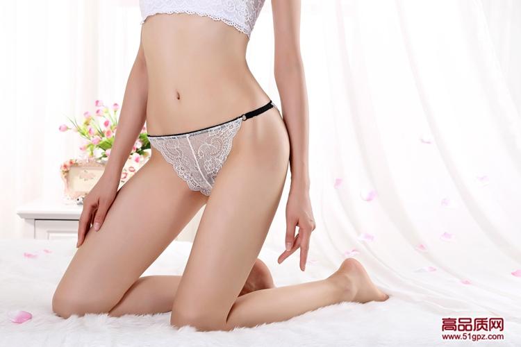 青年少女士学生性感蕾丝诱惑内裤透气无痕镂空低腰三角裤