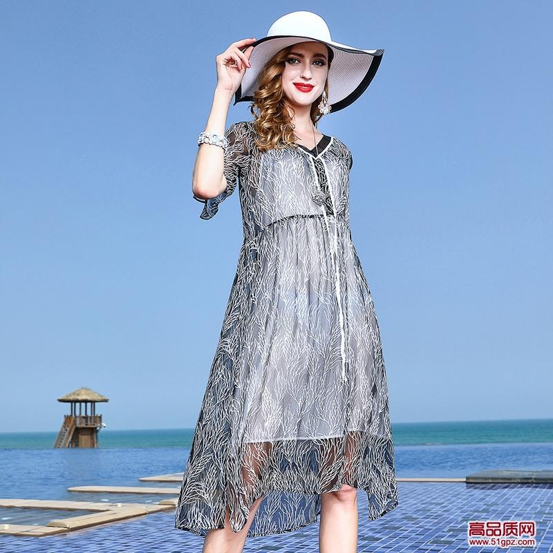 灰色连衣裙2018夏新款中年女士欧美真丝乔其轻熟修身中长款裙子